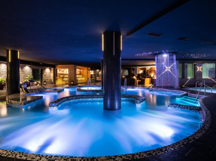 Aquatonic Pool and Jacuzzi